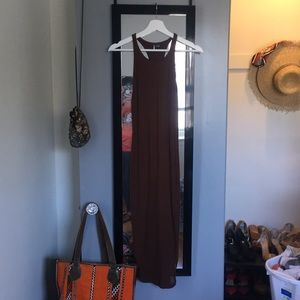 NWOT. Women's brown midi dress from UO.